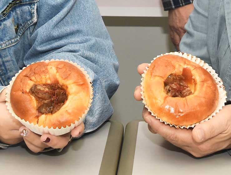 ほのかに甘い生地と甘辛な味付けの「プルコギパン」