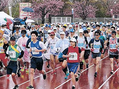 加賀温泉郷マラソン、4488人駆ける フル男子で金沢出身の三輪2連覇