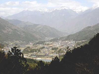 恋路峠からの眺め、歩いて楽しもう 南木曽・大桑の観光協会