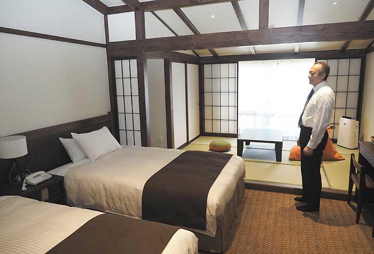 10畳の和室を2人用和洋室に改装した上高地アルペンホテルの客室