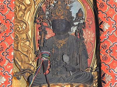 弘法大師彫った?秘仏17年ぶり公開 福井市の西山光照寺