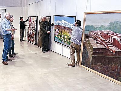小松美術展「こまつの美」、舞台整う