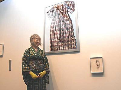 「ひろしま」遺品写真・ちひろの鉛筆画 松川村で企画展
