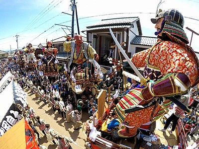 勇壮な人形山車練り、港町に熱気 福井県坂井市で「三国祭」