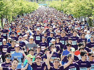 新緑と声援力に 軽井沢ハーフマラソン