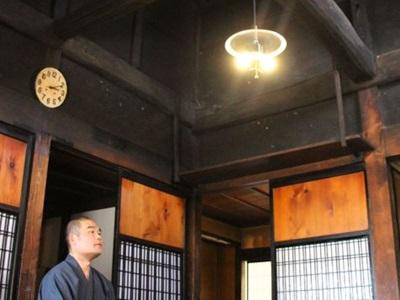 「梅の木のある小さな宿市十郎」 改修で宿泊施設に 佐渡