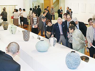 日本伝統工芸富山展開幕 高岡市美術館