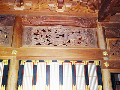 井波彫刻は五箇山全域を網羅 専門家が「日本遺産」後押し