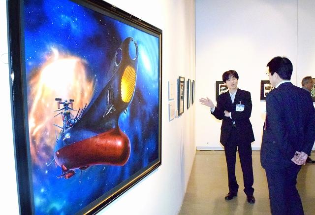 松本零士さんの漫画の原画やアニメのセル画など約400点が並ぶ企画展=6月2日、福井市美術館
