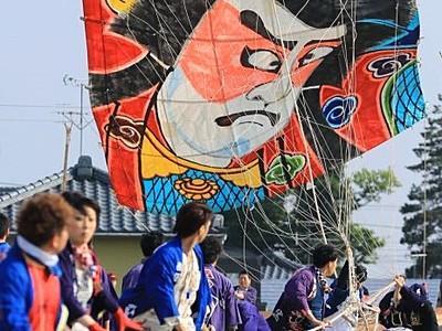 6月7日から白根大凧合戦 凧1800枚大空乱舞