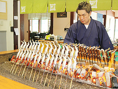 待ってた旬のアユ 釣り漁解禁で料理店盛況