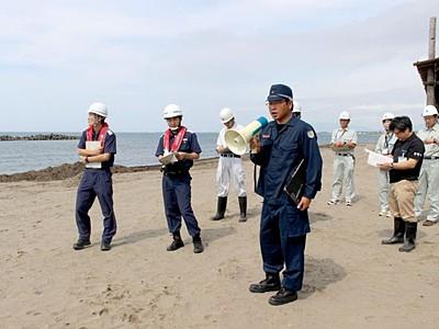 夏目前海の安全確認 新潟県や上越市など合同パトロール
