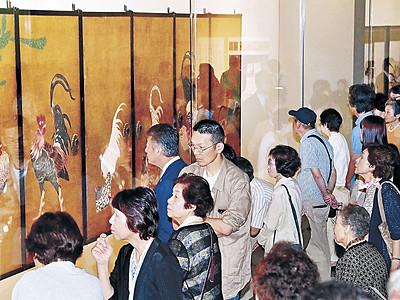 時代超え花鳥画家競演 「若冲と光瑤」展、開幕