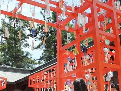 風鈴の音に願い事乗せ 新潟市中央区・白山神社