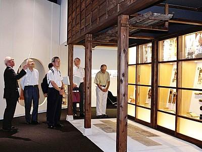 地域へ誇り深め 上越・歴史博物館開館 市民集う場へ期待