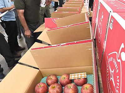 暑い夏に「シナノリップ」 県産リンゴ新品種を初出荷