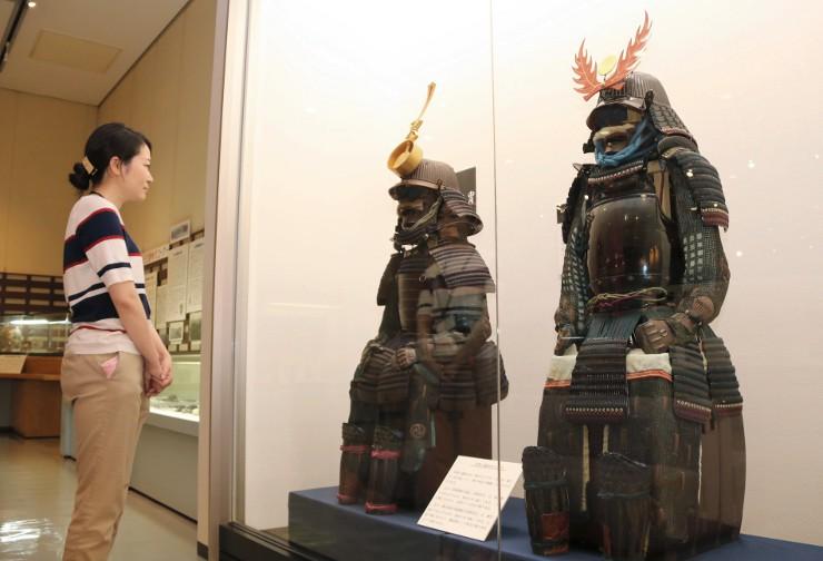 企画展を知った市民から提供され、追加展示された甲冑