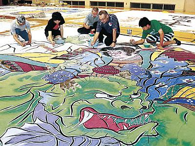 加賀友禅の技で武者絵を制作 25日、能登・鵜川にわか祭