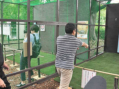 上田城跡公園に忍者修練場 手裏剣や吹き矢体験