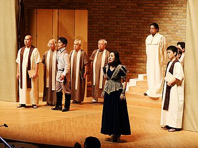 オペラ「魔笛」観客魅了 宇奈月モーツァルト音楽祭開幕