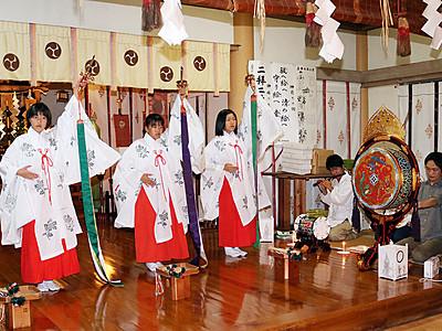 月見の雅楽まつりへ浦安の舞練習 24日、多久比禮志神社