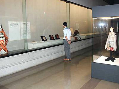 芝居の中の川中島合戦 長野市立博物館で特別展示