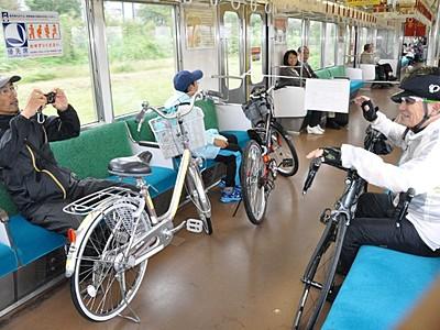 上田の別所線、初の「サイクルトレイン」