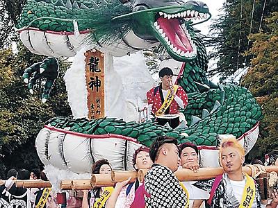 造り物堂々、鶴来沸く ほうらい祭り開幕