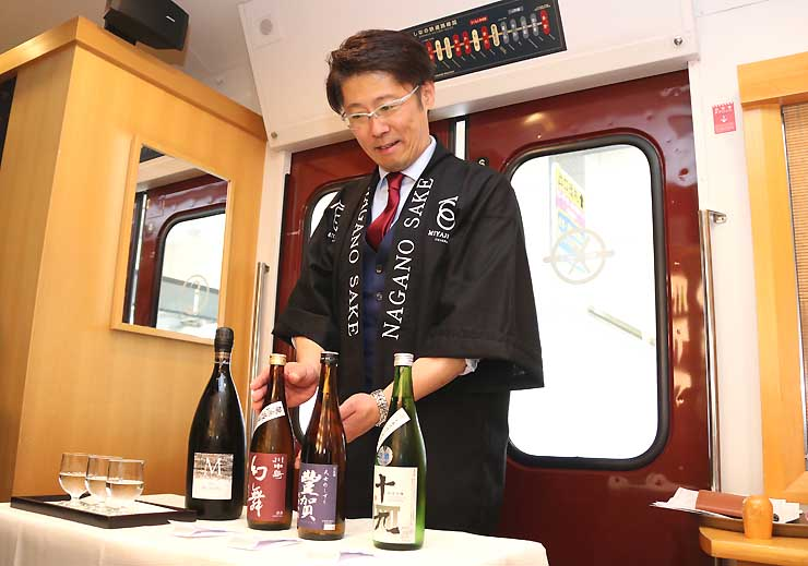 北しなの線沿線の蔵元が造る日本酒。「ろくもん」で振る舞われる