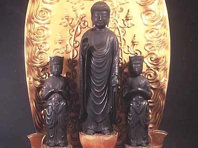 上田・願行寺の秘仏、公開へ 稲川淳二さん「お話」も