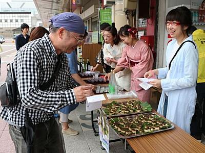 糸魚川 42店が参加 10日バル街