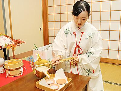 富富富の甘酒試作 高岡・射水神社