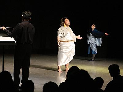 舞台芸術 多彩に競演 富山でフェス、73団体出演