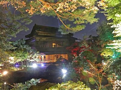 夜空に錦絵鮮やか 旧斎藤家別邸 新潟・中央区