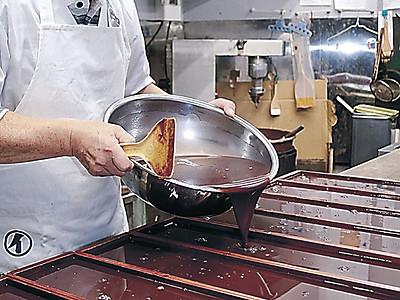 輪島の冬は水ようかん 菓子店で製造始まる