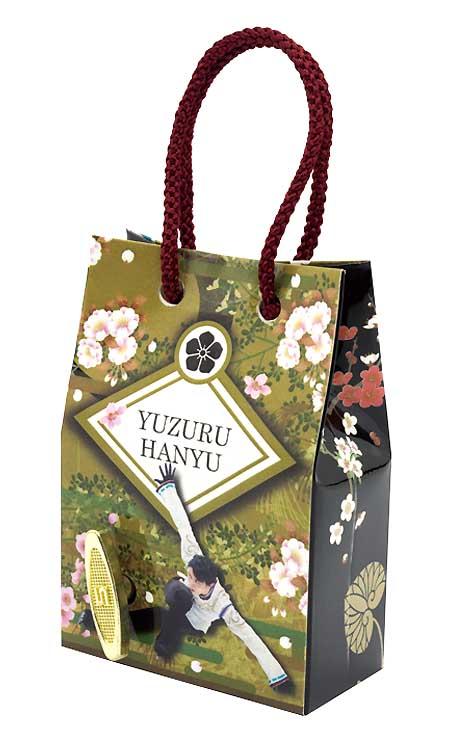 全国11店で販売を始めたショッピングバッグ型のオルゴール(日本電産サンキョー提供)