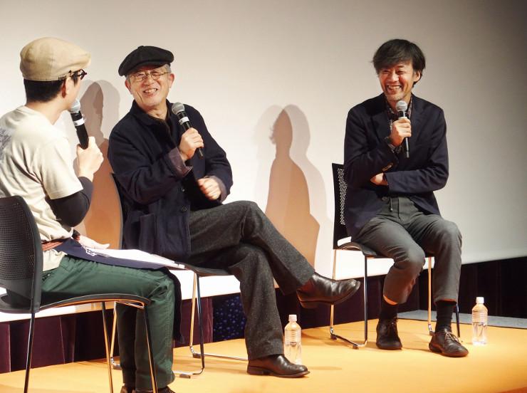 映画談義に花を咲かせる山崎貴さん(右)と串田和美さん(中央)