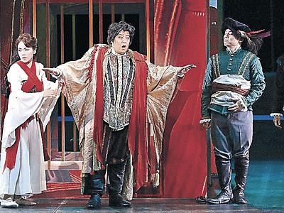 道化師の悲劇描く 金沢で歌劇「リゴレット」