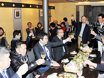 南砺・福光でワイン講習会 ワイナリー計画の中山さん