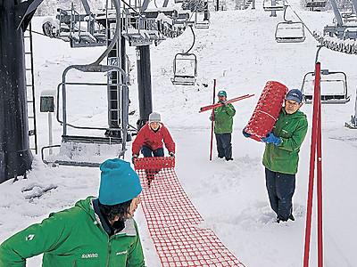 雪の季節いよいよ 白山麓スキー場、22日オープン予定