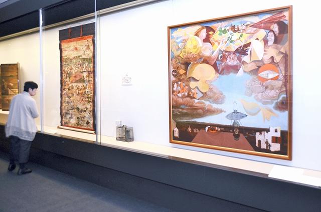 時代や作者の視点によって表現や色使いなどが変わることを紹介する企画展=12月14日、福井県福井市の県立美術館