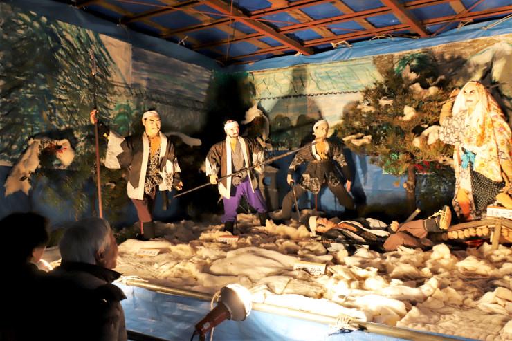 箕輪南宮神社に設置された赤穂浪士の討ち入りを表現した山車飾り
