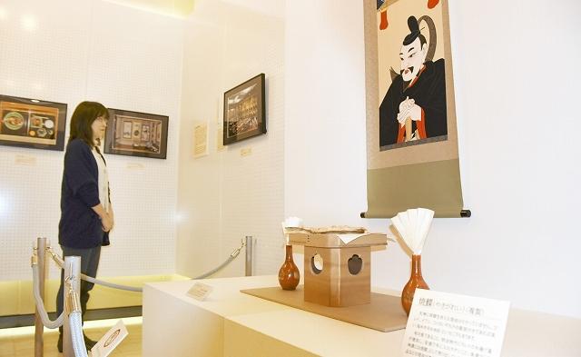 菅原道真をまつる福井県内の神社や伝承を紹介するギャラリー展=福井県福井市の県立歴史博物館