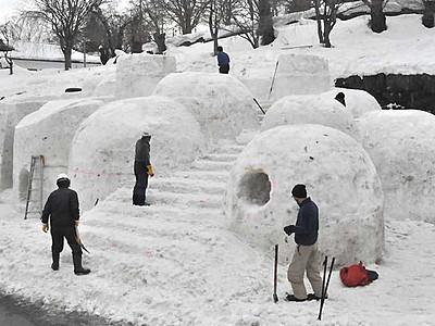 巨大雪像で「遊雪」を 飯山で9・10日「雪まつり」