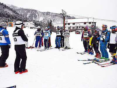 スキー場 にぎわい創出 あわすのでフェス開幕