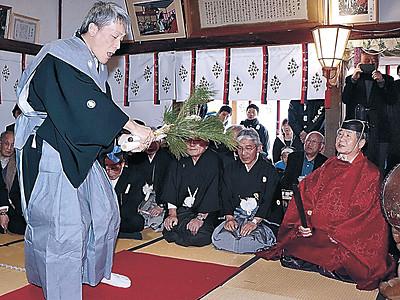 豊穣願い「万歳楽土」 門前で田遊び神事