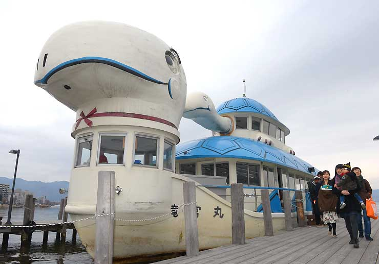 2019年度中に廃船となる大型遊覧船「竜宮丸」