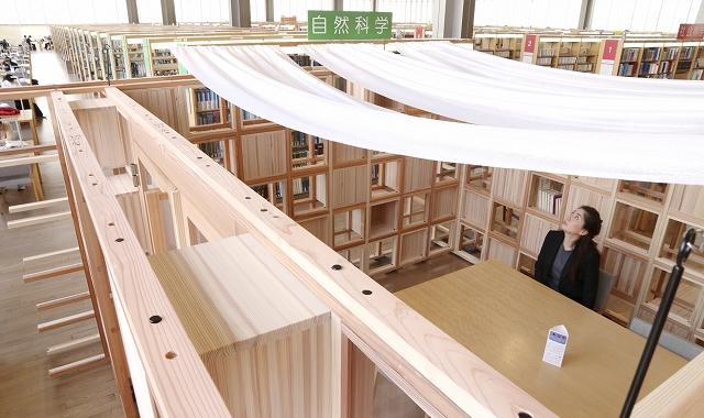 福井県立図書館内に設けられた「スタディルーム」=3月1日、福井県福井市の同館