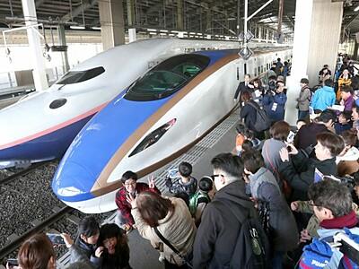 優雅スマートE7系 新型新幹線 新潟駅に登場