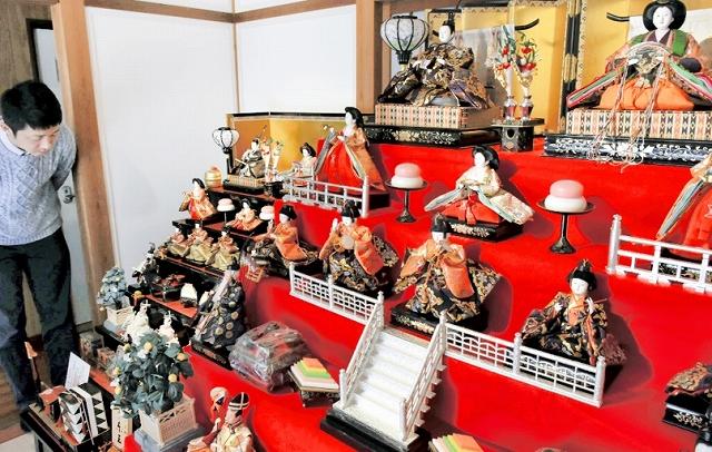 ひな人形が展示されている「熊川宿のひなまつり」=福井県若狭町熊川